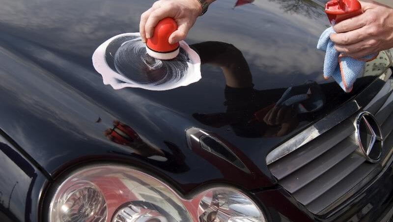 Arreglar pequeños arañazos coche