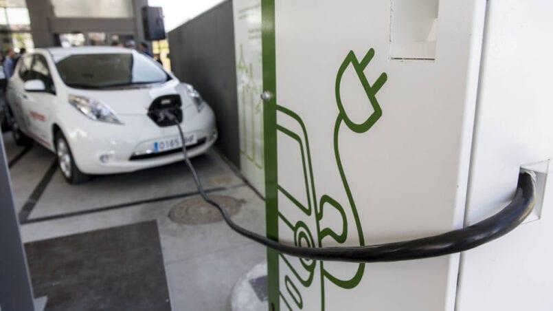 Cargador rapido coche electrico