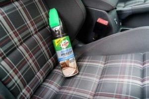 Cepillo para limpiar tapiceria coche