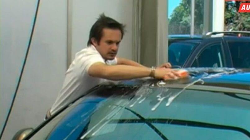 Como lavar el coche en la gasolinera