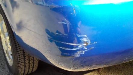 Como reparar arañazos coche
