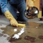 Como limpiar el salpicadero de un coche viejo