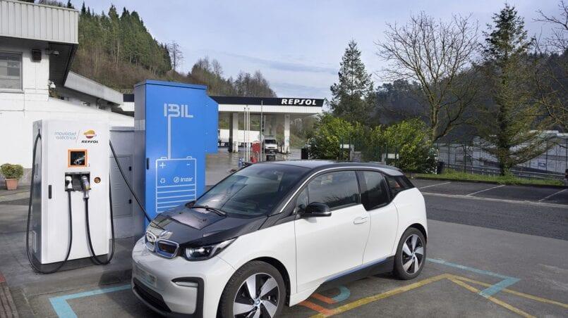Punto de carga coche electrico