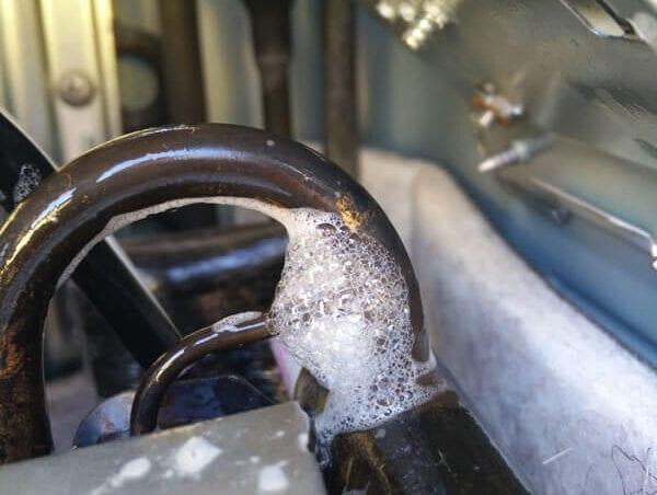 Reparar fuga circuito aire acondicionado coche
