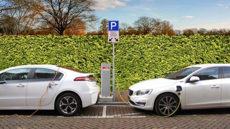 Tiempo de carga coche electrico tesla