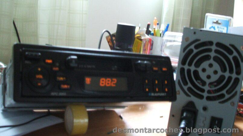 Como conectar una radio de coche en casa sin fuente de alimentacion