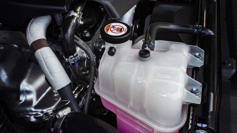 Como limpiar un radiador de carro sin desmontarlo