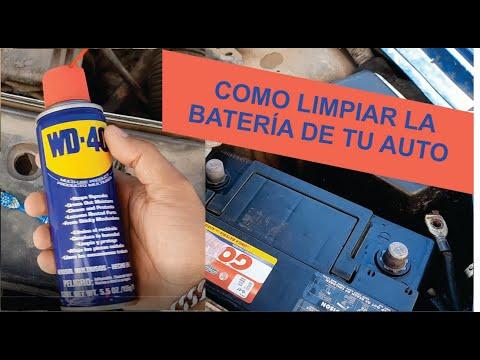 Limpiar bornes bateria auto