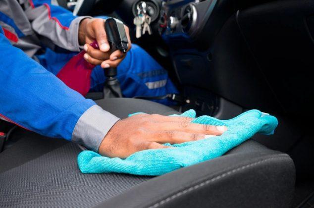 Limpiar tapiceria carro casero