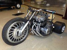Moto con motor de auto