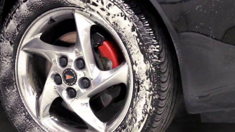 Remedio casero para limpiar llantas carro